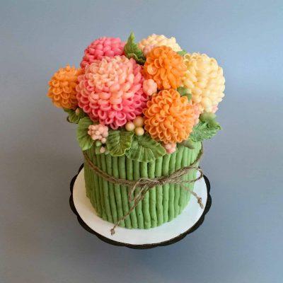 Pom-Pom Buttercream Flower Cake