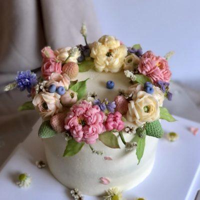Flowers & Berries Cake